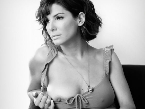Sandra Bullock Shows Her Hard nipples for real celebrity nude